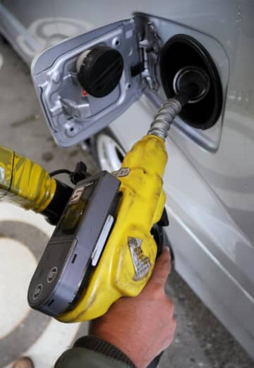 ガソリン価格150円台に 1年1カ月ぶり 画像1