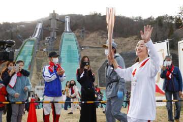 聖火、98年冬季長野の舞台に 白馬にモーグル上村愛子さん 画像1