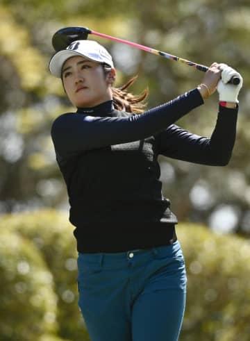 女子ゴルフ、稲見ら4人暫定首位 2日連続で日没サスペンデッド 画像1