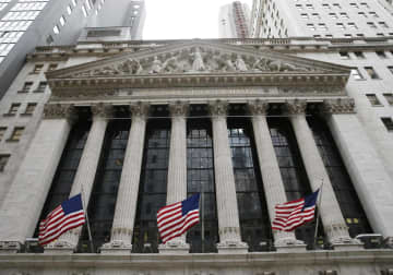 NY株反落、55ドル安 利益確定売り 画像1