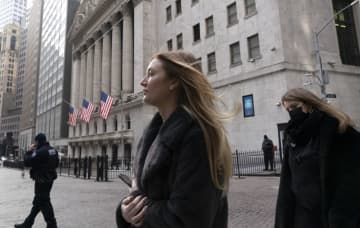 NY株、3万4千ドル突破 305ドル高、米景気期待 画像1