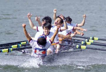 早慶レガッタ、慶大が僅差で勝利 ボートのエイト、16年大会以来 画像1