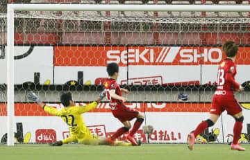 鹿島、3連勝でA組の単独首位 ルヴァン杯1次リーグ 画像1