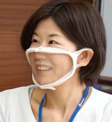 口元が透明なマスク発売へ ユニ・チャーム、聴覚障害に配慮 画像1