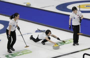 カーリング、日本は1勝1敗 女子世界選手権1次リーグ 画像1