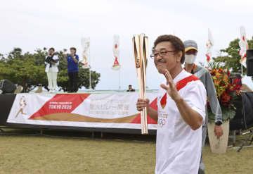 具志堅さん、故郷の石垣島走る 「わくわく世界戦のよう」 画像1
