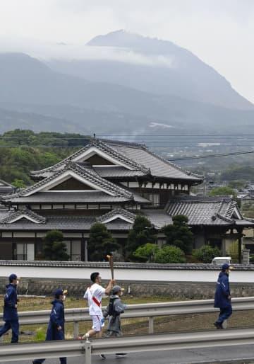 聖火・長崎初日、島原半島回る 普賢岳火砕流から30年 画像1