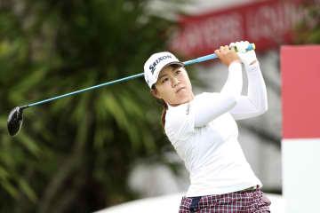 畑岡が10位浮上、渋野28位 米女子ゴルフ第2日 画像1