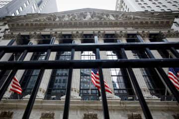 NY株反発、433ドル高 雇用改善、経済再開期待 画像1