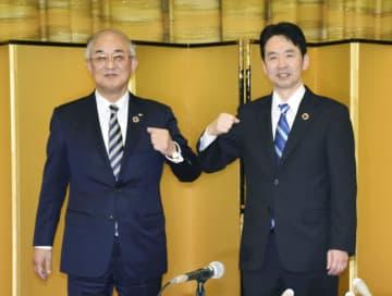 青森銀、みちのく銀合併へ 24年4月、経営基盤強化 画像1