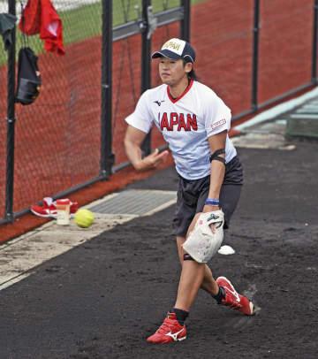 ソフト、上野「後悔ない日々を」 東京五輪へ強化合宿 画像1