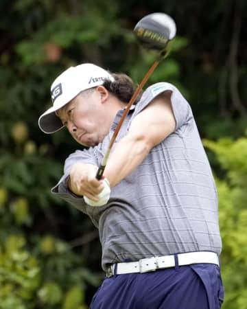 大槻が単独首位、石川3位 男子ゴルフ第2日 画像1