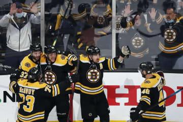 NHL、ブルーインズが3勝目 プレーオフ1回戦 画像1