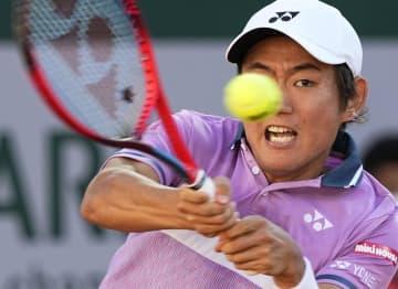全仏テニス、西岡が2回戦へ フェデラー順当勝ち、土居敗退 画像1