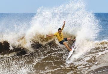 サーフィン、村上ら5回戦へ 五輪予選、松田は敗退 画像1