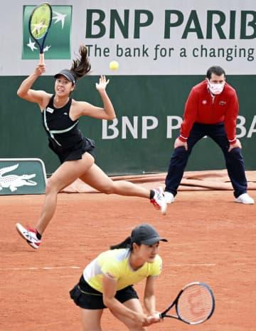 青山、柴原組は2回戦敗退 土居組は棄権、全仏テニス 画像1