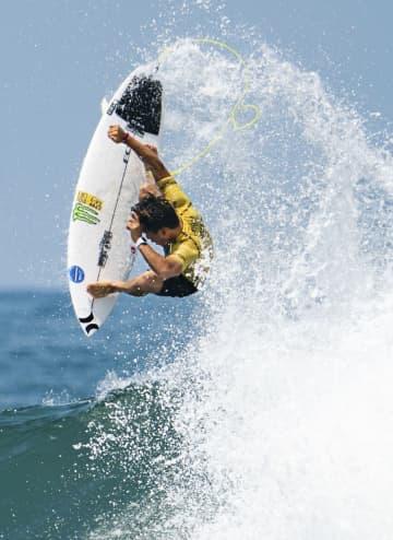 サーフィン、大原が五輪出場権 最終予選、五十嵐2位 画像1