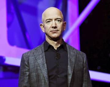米の富裕層「ほぼ納税せず」 アマゾン創業者ら上位25人 画像1