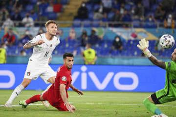 サッカーの欧州選手権が開幕 イタリアがトルコ下す 画像1