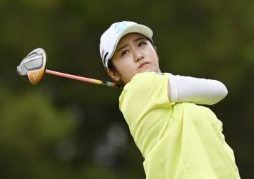 稲見萌寧、単独首位を堅持 女子ゴルフ第3日 画像1