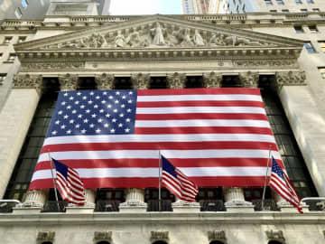 NY株反落、85ドル安 高値警戒、金融株に売り 画像1