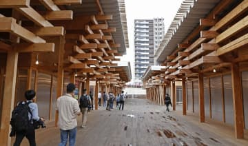 東京五輪・パラの選手村を公開 組織委、交流スペースの内覧会 画像1