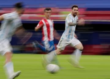 サッカー、アルゼンチンなど突破 南米選手権1次リーグ 画像1