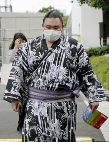 大関朝乃山「何も話せません」 コロナ指針違反、6場所出場停止 画像1