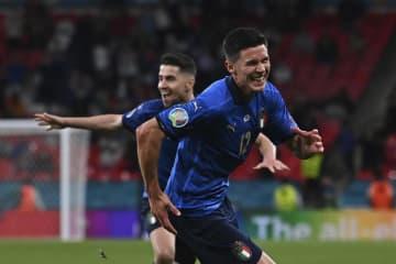 イタリアとデンマークが8強 サッカー欧州選手権 画像1