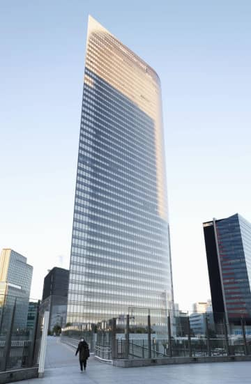 電通本社ビル、譲渡益890億円 年内にも売却、入居は継続 画像1