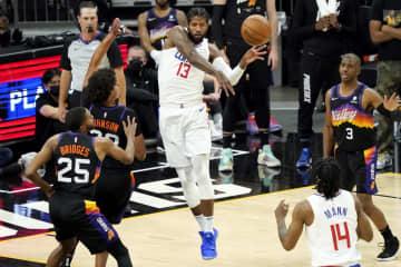 NBA、クリッパーズが2勝目 プレーオフ、西の決勝 画像1