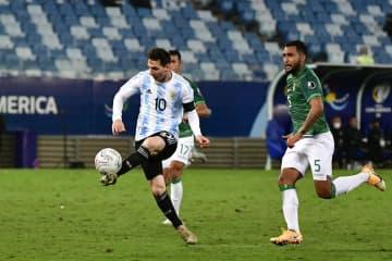 メッシ2得点、最多出場記録更新 サッカー南米選手権 画像1