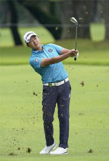 今平と芦沢首位、石川ら3位 日本プロゴルフ第2日 画像1