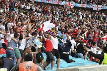 サッカー6万人入場を懸念 欧州政界、英は断固開催 画像1