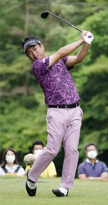 ゴルフ、35歳池田勇太が首位 日本プロ選手権第3日 画像1