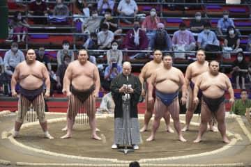 大相撲、1年4カ月ぶり地方開催 名古屋場所が初日 画像1