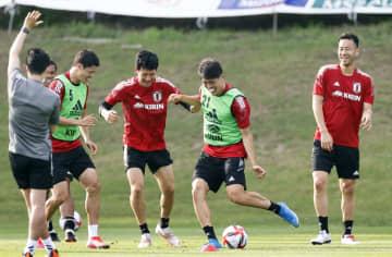 サッカー、五輪へ合宿スタート 男子の日本代表 画像1