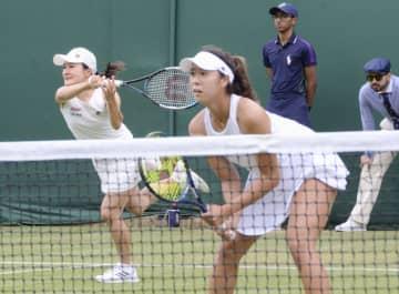 テニス、青山・柴原組が8強入り ウィンブルドン第7日 画像1