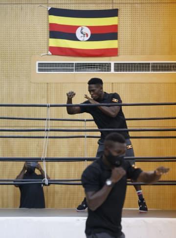 体育館でウガンダ代表が始動 コロナ陽性の練習自粛が終了 画像1