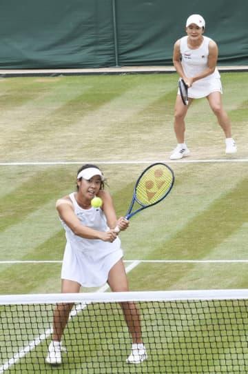 テニス、青山・柴原組が4強入り 日本女子同士のペアで初 画像1