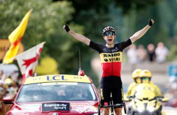 ファンアールトがステージV 自転車ツール・ド・フランス 画像1