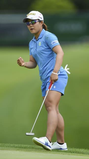 首位畑岡が6打差にリード広げる 米女子ゴルフ、笹生5位 画像1