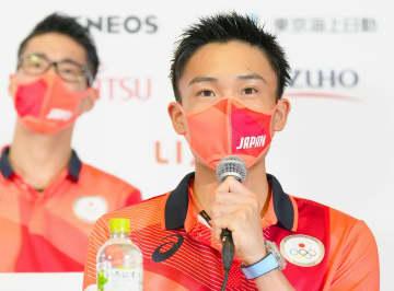 バドの桃田、初舞台へ意気込み 日本代表が会見 画像1
