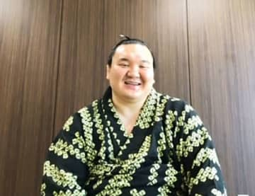 復活V白鵬「最高です」 進退の名古屋で全勝制覇 画像1