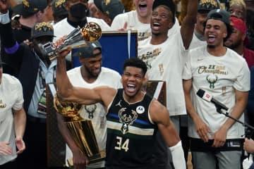 バックスが2度目の優勝 NBA決勝、サンズに4勝2敗 画像1