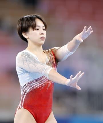 村上茉愛、芦川うららら調整 体操女子が会場練習 画像1