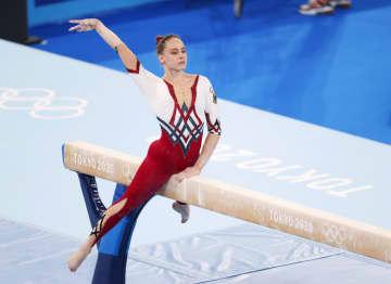 独体操女子「ユニタード」で登場 団体総合、9位で敗退 画像1