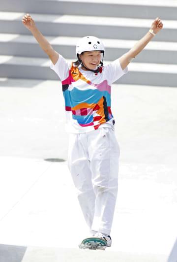 スケートボード西矢椛が金メダル 13歳、日本最年少表彰台 画像1