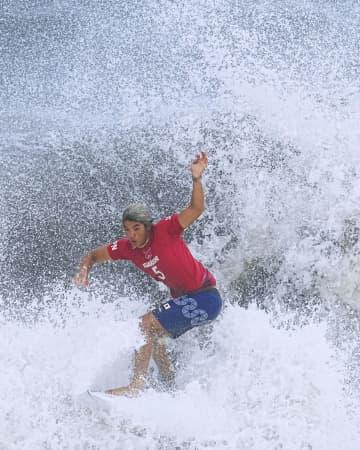 サーフィン男子、五十嵐が「銀」 新競技で世界トップの実力発揮 画像1