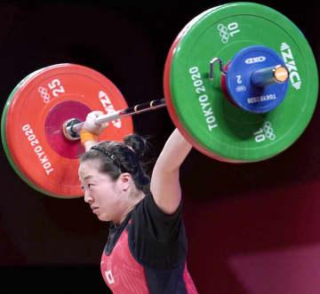 女子59キロ級の安藤が銅メダル 重量挙げ・27日 画像1